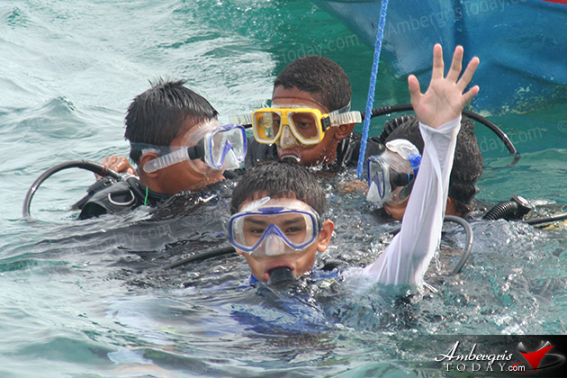 PADI certifies 34 Junior Open Water Divers